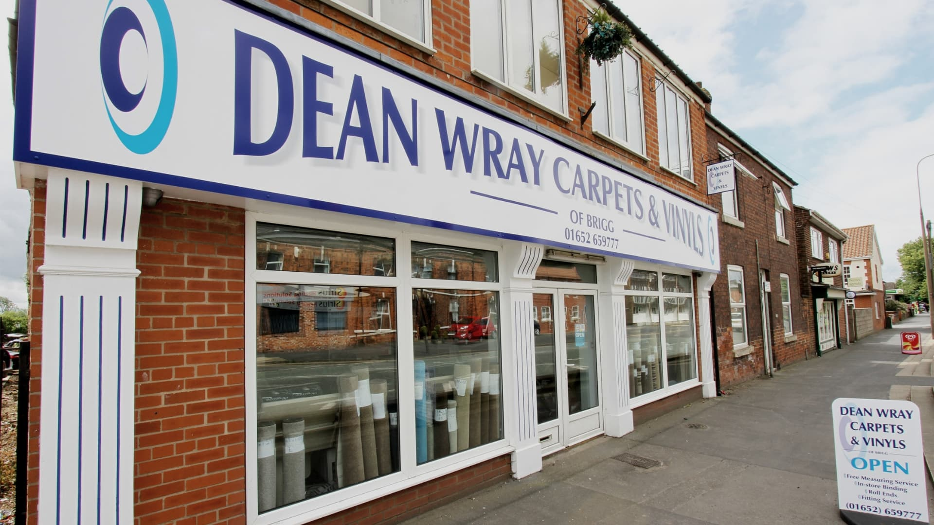 Dean Wray Carpets and Vinyls showroom in Bridge Street Brigg